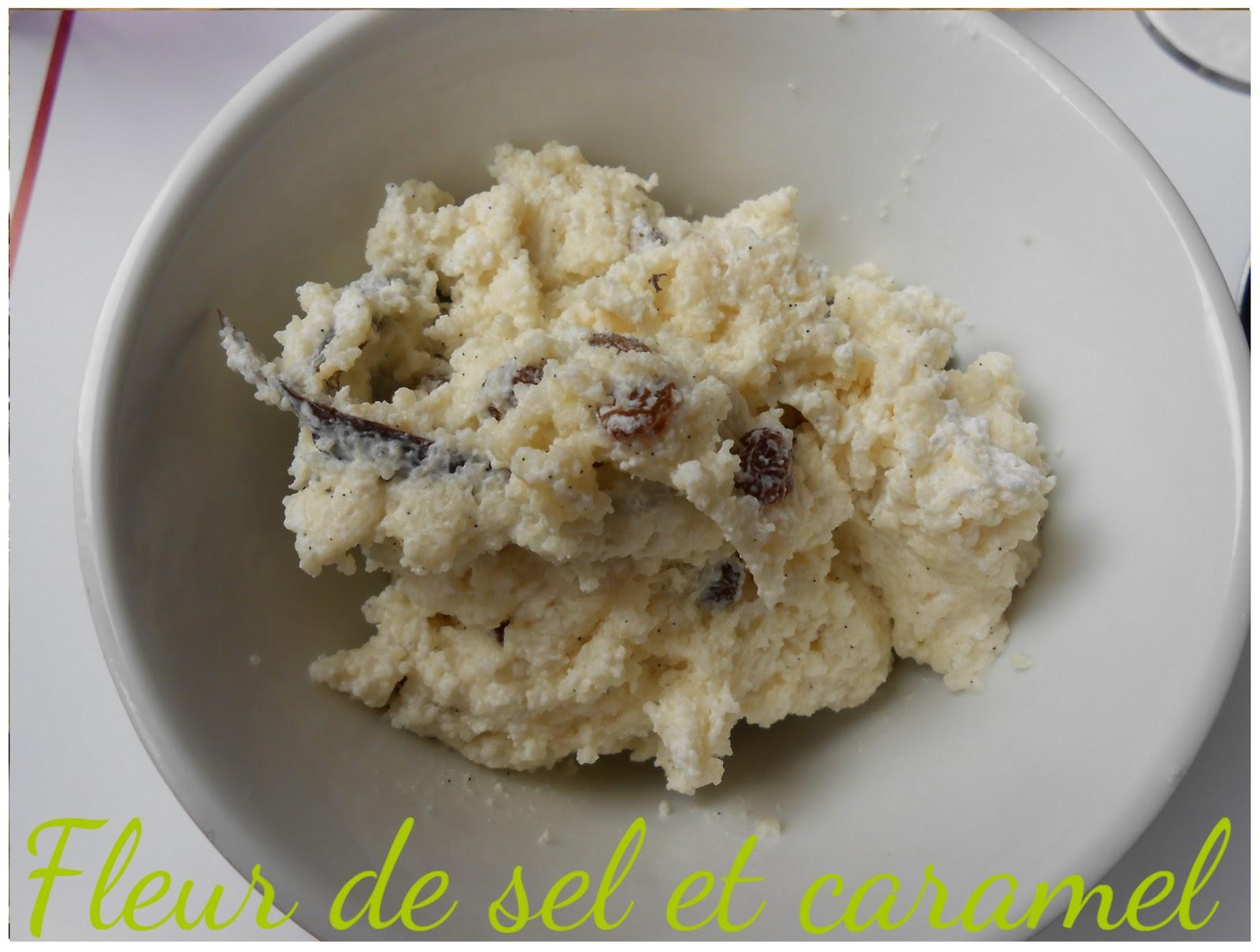Semoule (fine) crémeuse à la vanille et raisins secs