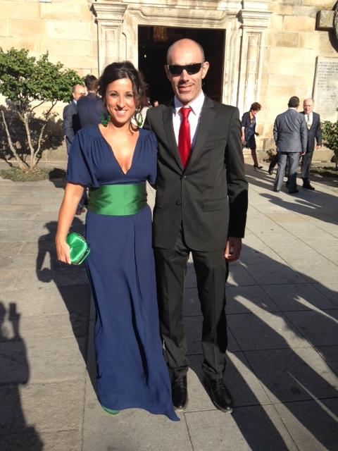 Complementos para vestido azul marino boda