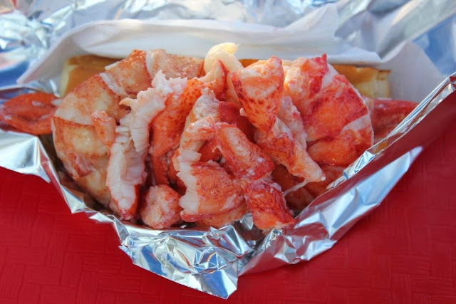 lobster roll at Red's in Wiscasset