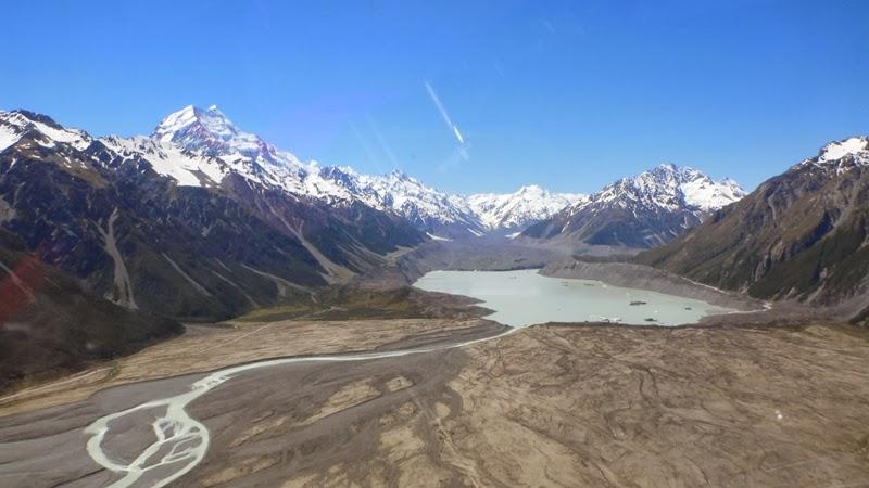 Athabasca Glacier Lateral Moraine - EPOD - a service of USRA