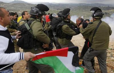 سن 2015 : اسرائیلیوں اور فلسطینیوں کے لئے تلوار کی دھار