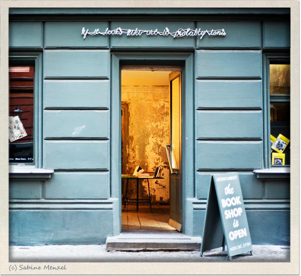 Psynopsis If It Looks Like Art It Probably Isn't Berlin Kreuzberg Bookstore