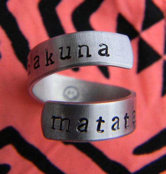 Hakuna Matata Symbol Necklace