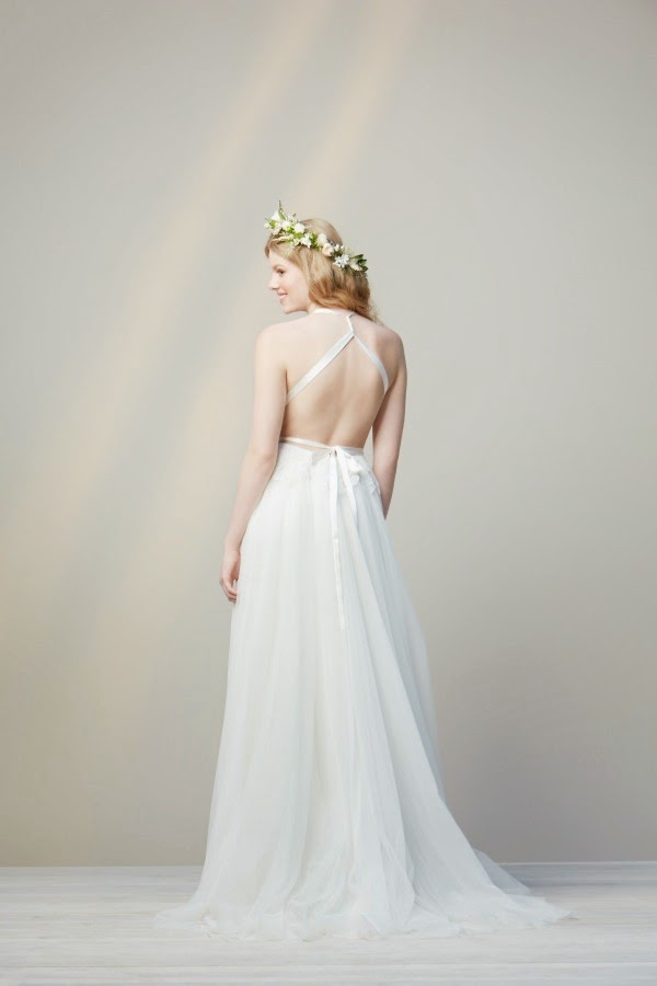 Simple non traditional wedding dresses dress pictures for Non traditional casual wedding dresses