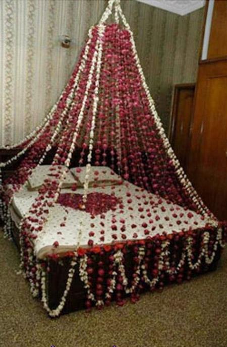 دلعى زوجك بديكورات هذه الغرف الرومانسية  Gal-1-22-10-2011