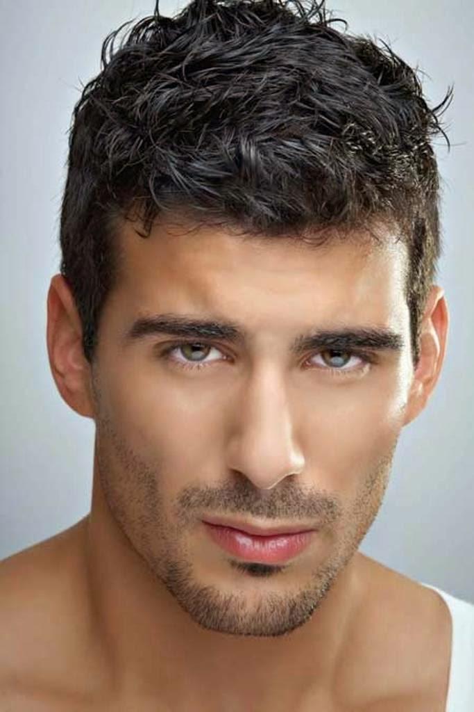 a menudo la barba se combina con el bigoteque es el pelo que crece sobre el labio superior toda una tendencia que se queda para que la aceptes y destaques
