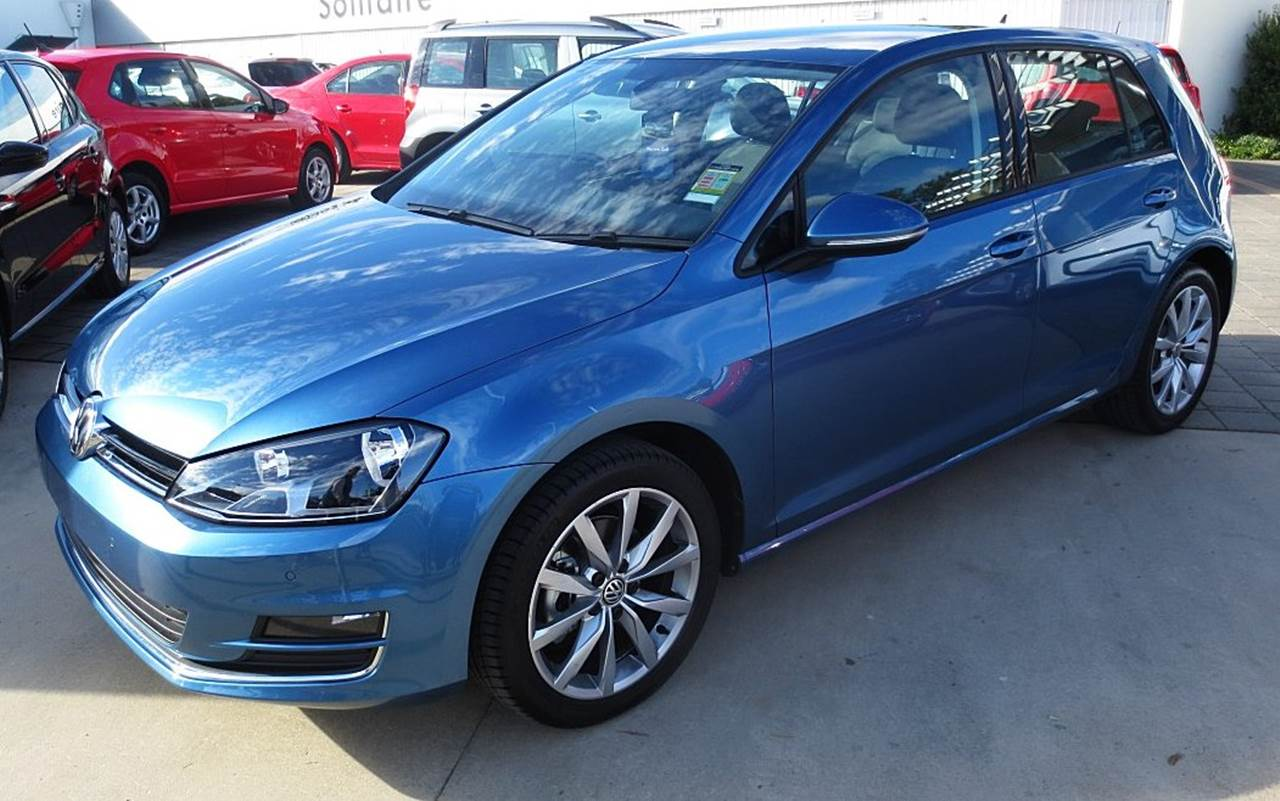 "VW Golf 2016 Highline - Rodas de 17"" Dijon"