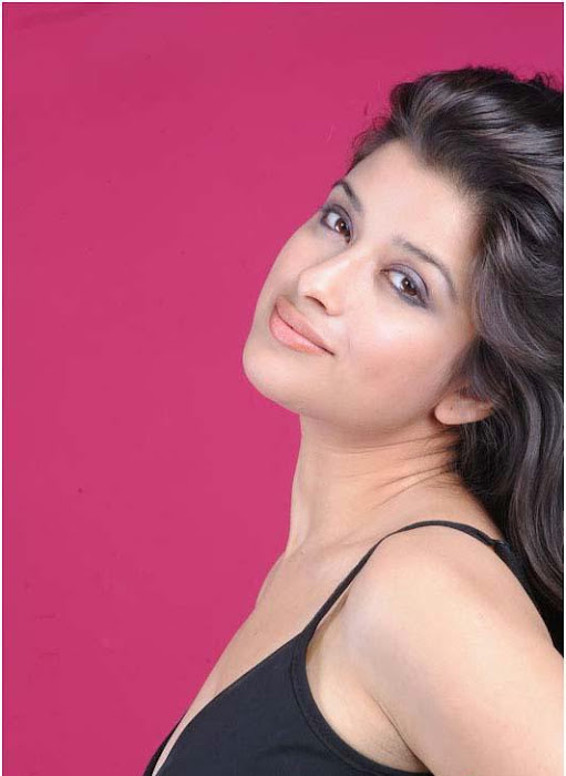 madhurima spicy , madhurima new spicy glamour  images
