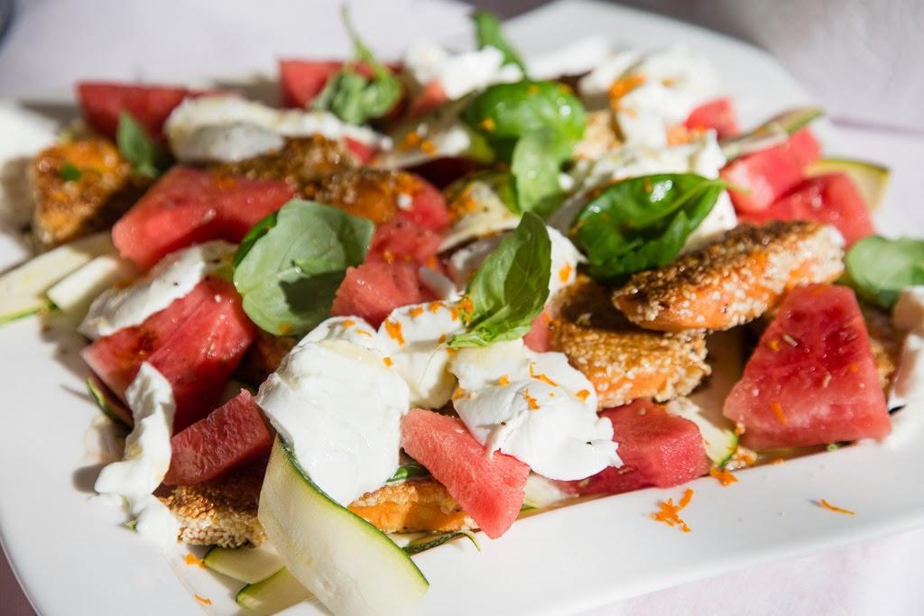 bataatti-mozzarellasalaatti