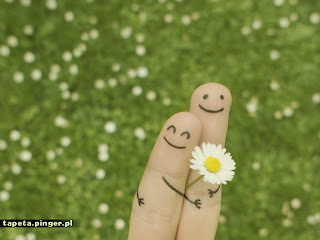 https://bestwallpapers1.files.wordpress.com/2014/08/finger-love-10.jpg