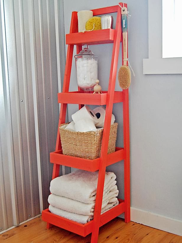 Building small shelves : Bathroom storage ideas