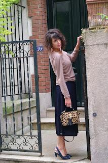 http://4.bp.blogspot.com/-LtlkdG66sBM/UJ5ct8l7K_I/AAAAAAAAP2Q/RsvUyTmZ-eU/s1600/falda+midi.jpg
