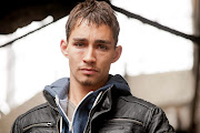 Robert Sheehan spotted on set of Love / Hate love hate seri