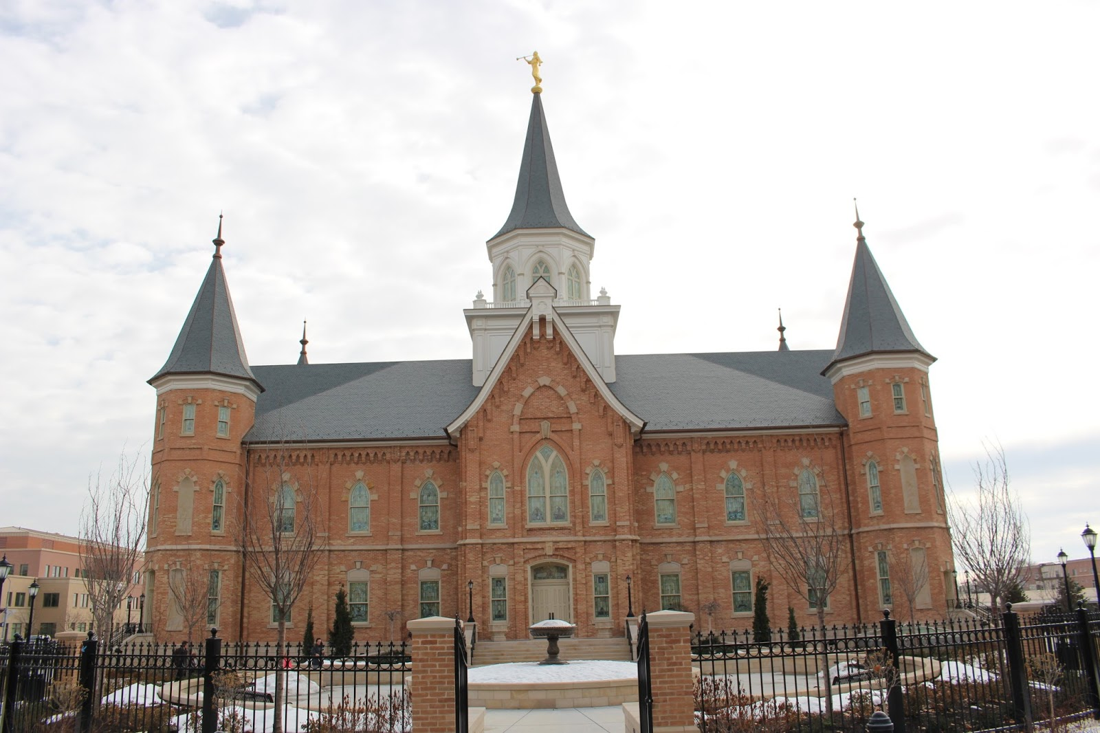 Darin And Haylee Gunnerson Provo City Center Temple Open
