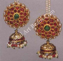 KARNAPHUL JHUMKA (ear ornaments) South India; late l9 early 20th century