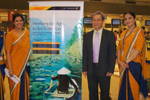 india hochiminh city direct air routes