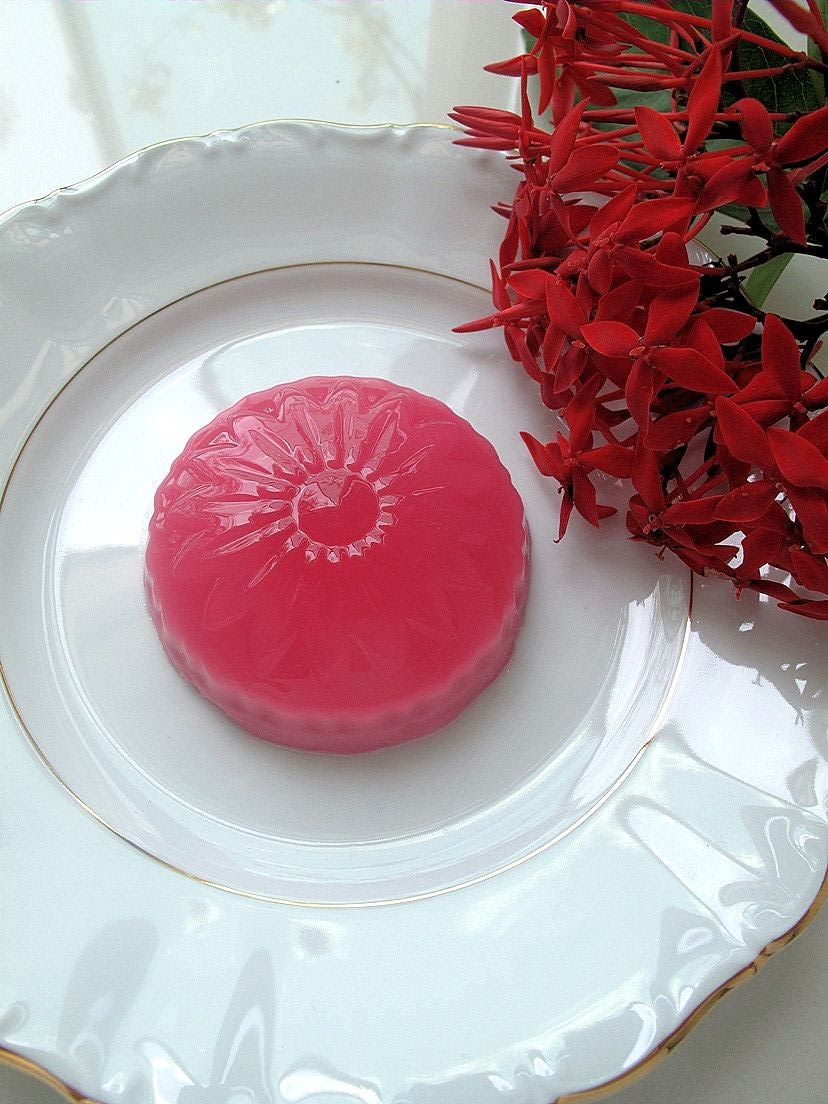 Foodiva's Kitchen: Coconut-Rose Agar Agar Dessert