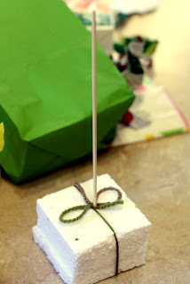 wrapping paper Christmas tree tutorial