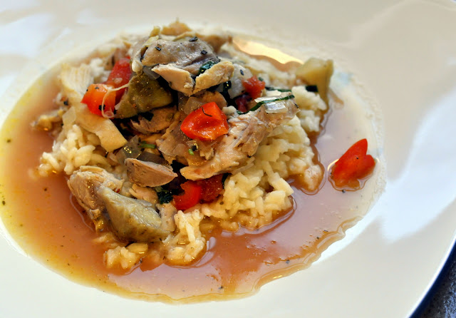 Slow-Cooker-Chicken-Tomatoes-Artichokes-tasteasyougo.com