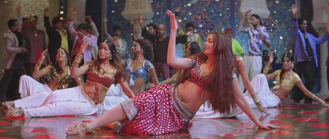 Aishwarya Rai sexy navel, Aishwarya Rai feet pics, Aishwarya Rai mujra song