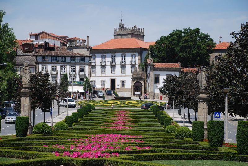 Guimaraes Portugal  City new picture : Guimaraes, cuna de Portugal | Portugal Turismo