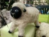 oveja de fieltro