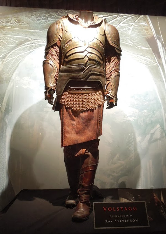 Ray Stevenson Volstagg armour Thor Dark World