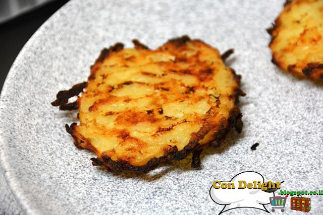לטקס תפוחי אדמה חנוכה Potato latkes Chanukah