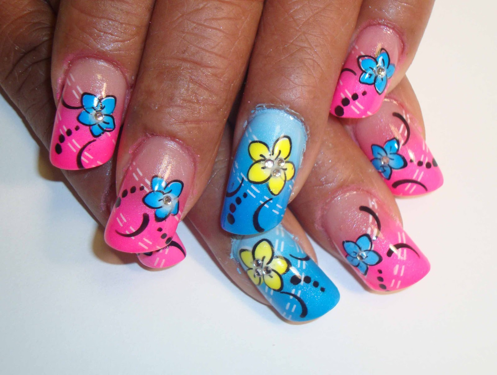 Flowers Nail Art Designs | Nail Art Fashion for Women | New Designs of ...