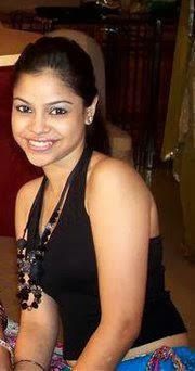 Sumona Chakraborty hot waist size zero pic