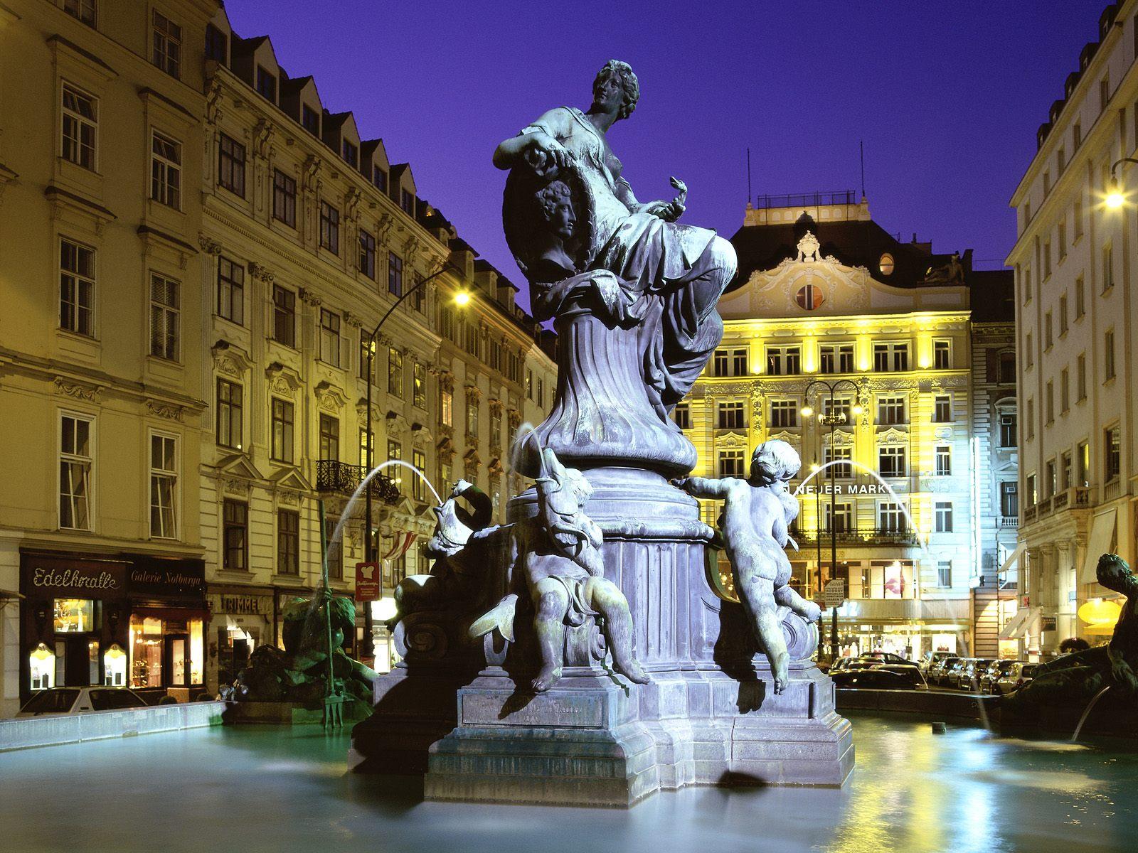 http://4.bp.blogspot.com/-LvdC7wgQQ68/TonJuco_RCI/AAAAAAAAAYk/nu34pa0TK30/s1600/Donnerbrunnen+Fountain%252C+Vienna%252C+Austria.jpg