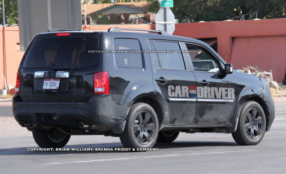 2015 honda pilot spy. the honda pilot isnu0027t as weird a citron nor is it thrilling bmw m3 in spite of thisu2014or perhaps because itu2014hondau0027s eightpassenger crossover 2015 spy