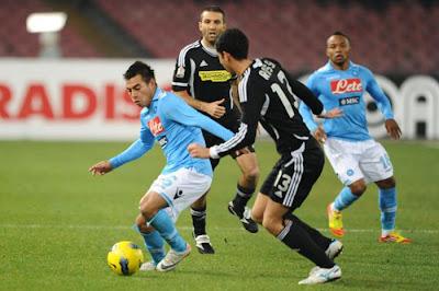 Napoli 2 - 1 Cesena (2)