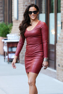 Paula Patton Pictures in Red Leather Dress Leaving Her el in New York  0002