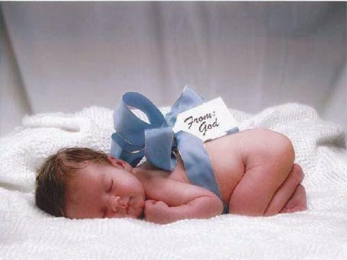 http://suplemen-kesehatan-anak.blogspot.com/2015/01/tradisi-orang-islam-menyambut-kelahiran.html