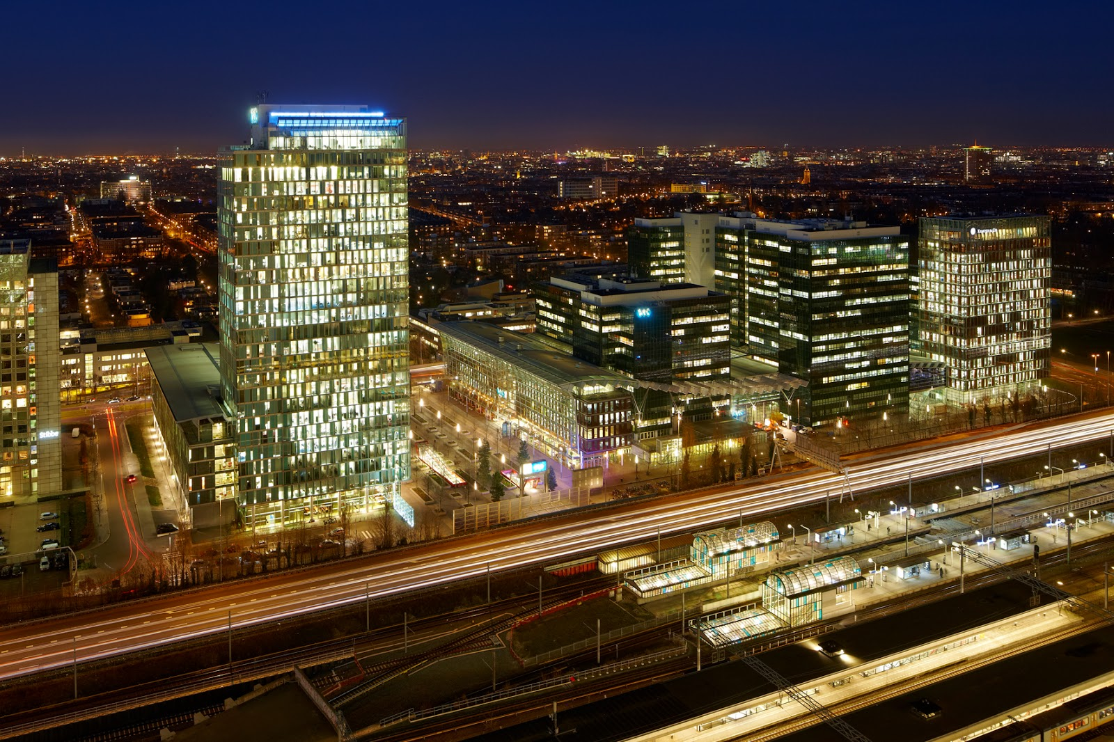 Amsterdam in top 10 most competitive cities