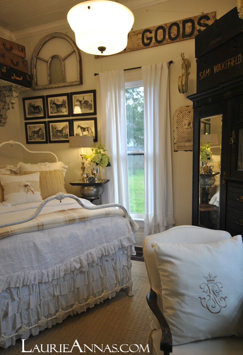Laurieanna 39 s vintage home farmhouse bedroom reveal for Farmhouse guest bedroom