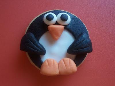 Galleta fondant pingüino
