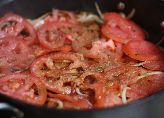 Carne Bistec - Colombian Steak With Onions And Tomatoes Recipe ...