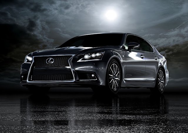Front 3/4 view of 2015 Lexus LS 460 F SPORT