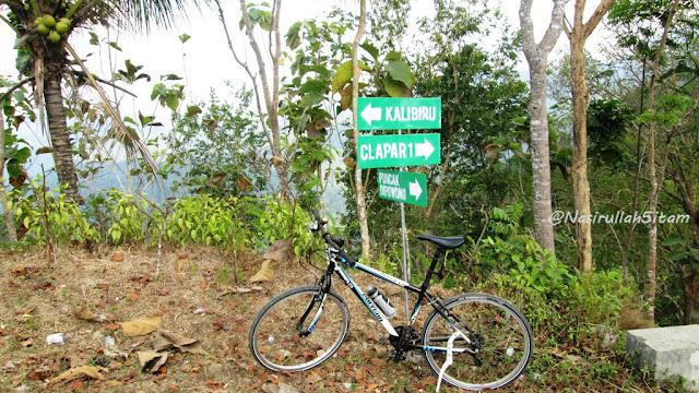 Plang di dekat SD Clapar