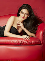 Aishwarya Arjun fabulous Portfolio photos-cover-photo