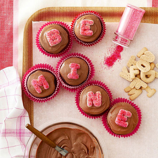 Inside the Brick House: Cute Valentine's Day Cupcake Ideas