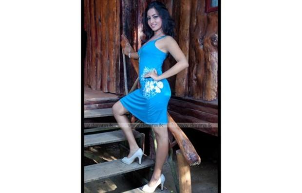 Miss Sri Lanka 2012 Vinu Siriwardane Hot