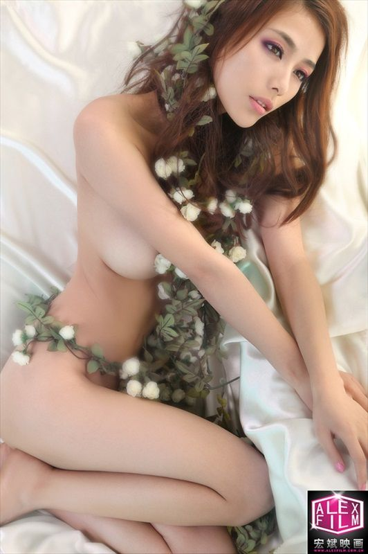 Li Sha Sha Naked Photo