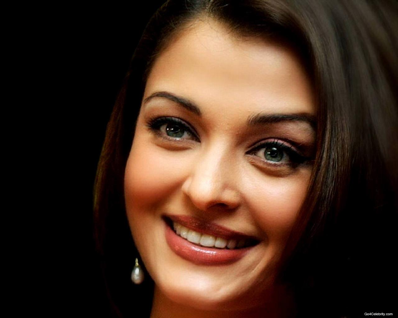 Actress Aishwarya Rai Pictures