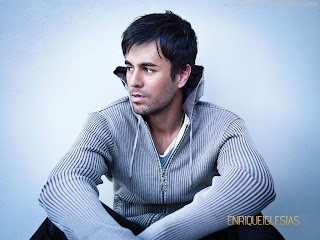 Enrique Iglesias Hairstyle on Jackson Celebrity  Enrique Iglesias Style Wallpapers