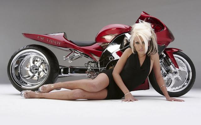 Motocicleta y Chica Rubia Fondos HD