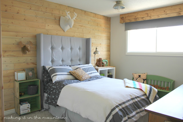 Making It In The Mountains Rustic Boys Bedroom- Treasure Hunt Thursday- From My Front Porch To Yours