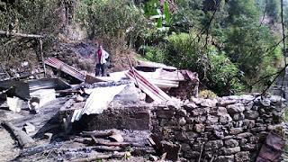fire destroys house in labdah busty